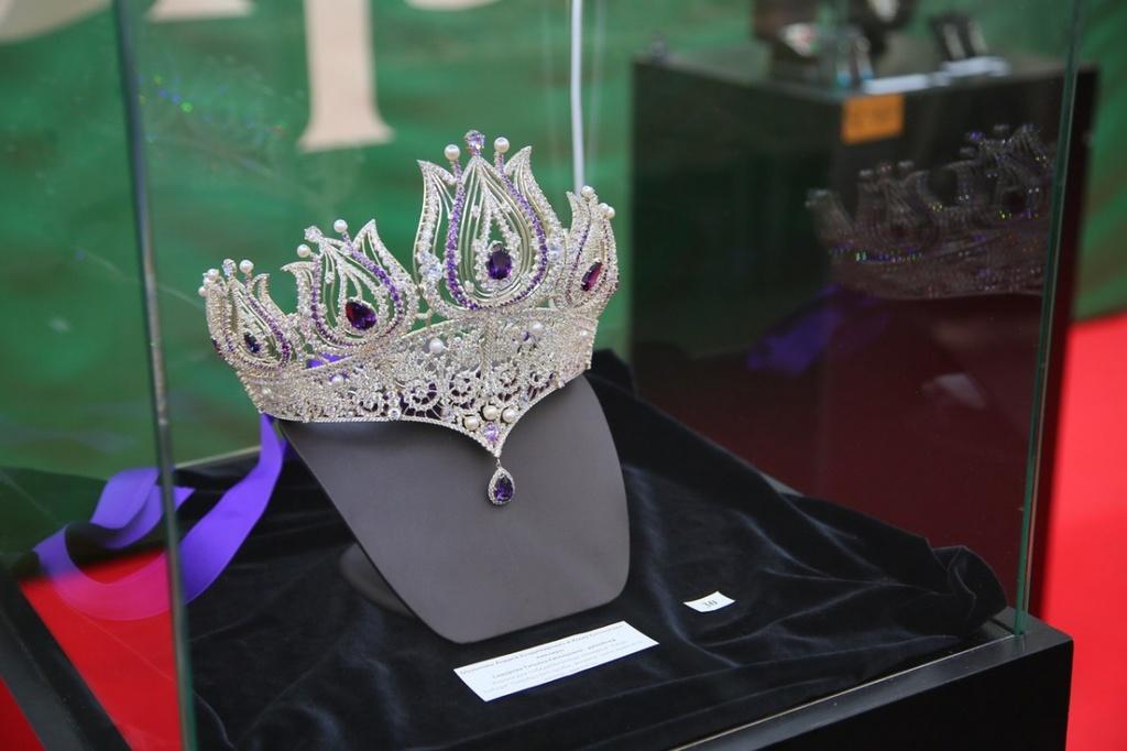 В Красноярске открылись две красивейшие выставки весны — «Ювелирный салон» и «Идеал красоты»