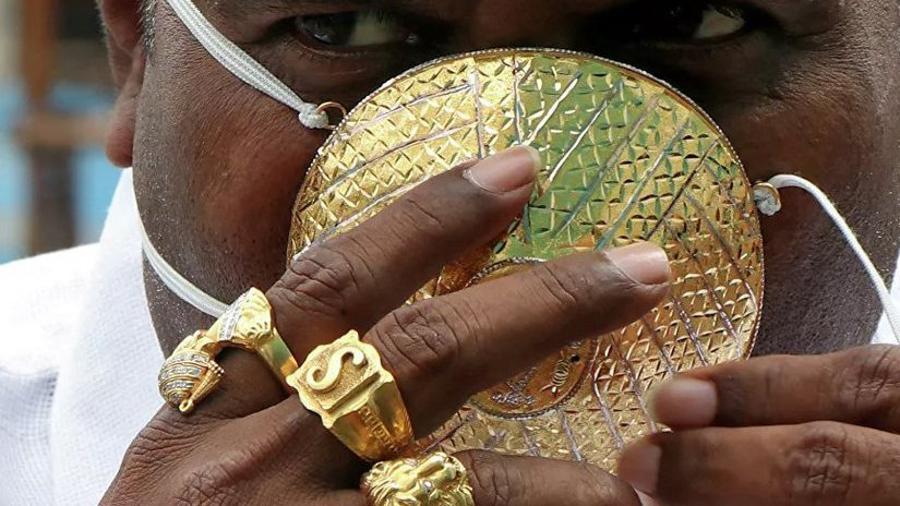 Маска из золота не спасла от COVID-19 предпринимателя из Индии - Дайджест |  Ювелир.INFO