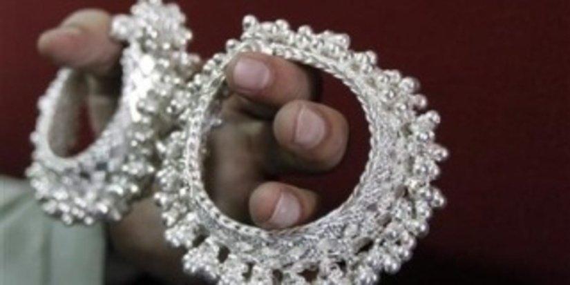 В Индии экспорт серебряных украшений превысил экспорт золотых - Новости | Ювелир.INFO